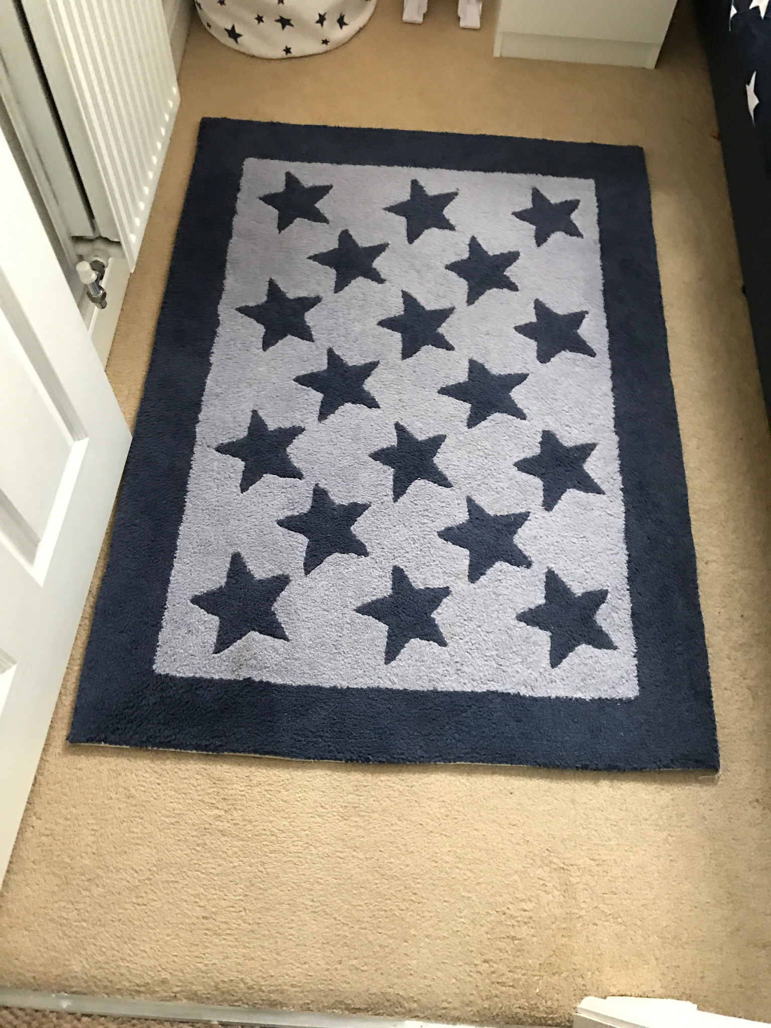 Star rug for space themed bedroom