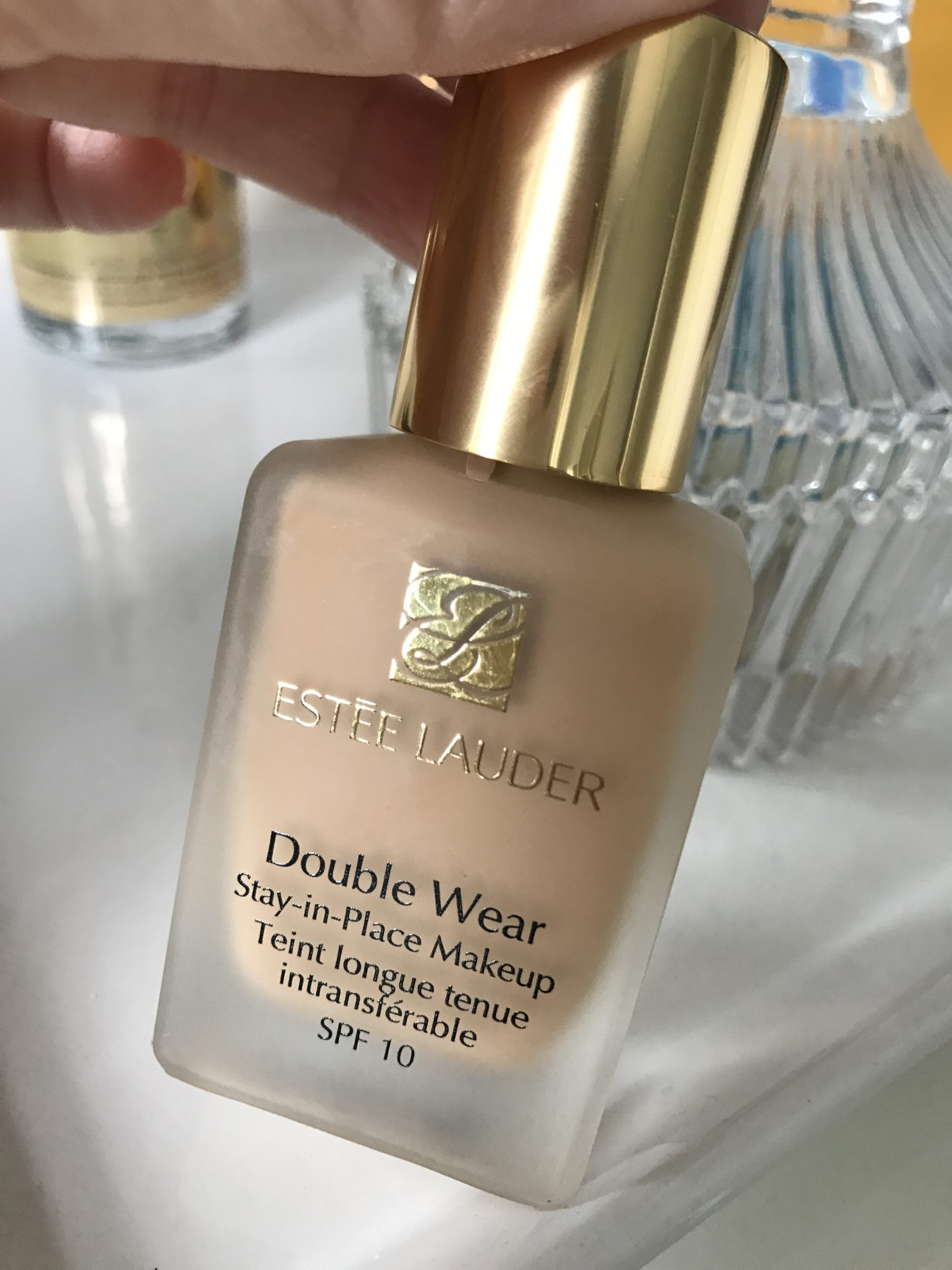 Estée Lauder Double Wear Foundation {Review}